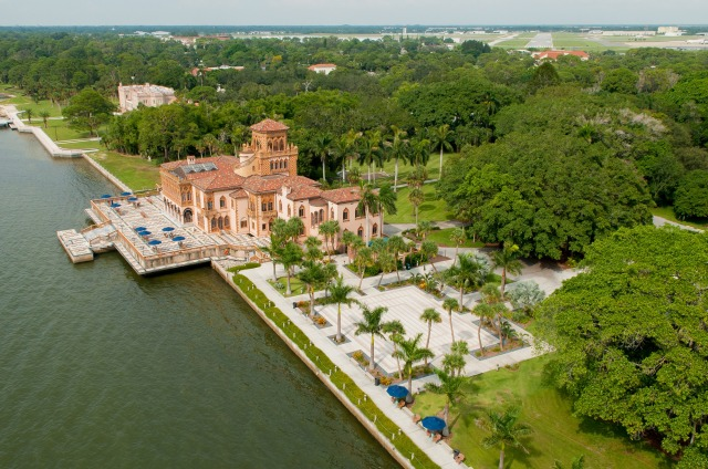 Christmas in Florida: The Ringling Estate in Sarasota
