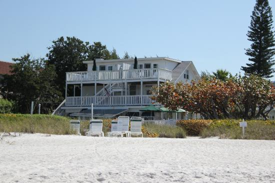 florida s best beachfront bed and breakfast spots floridatraveler. Black Bedroom Furniture Sets. Home Design Ideas