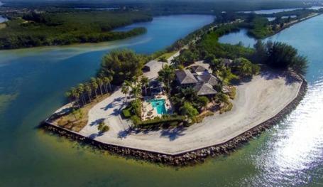 floridatraveler DICKMAN ISLAND and estate