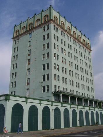 lake-wales-dixie-hotel