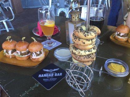 floridatraveler-hanger-food