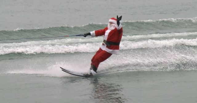 floridatraveler santa on water skis