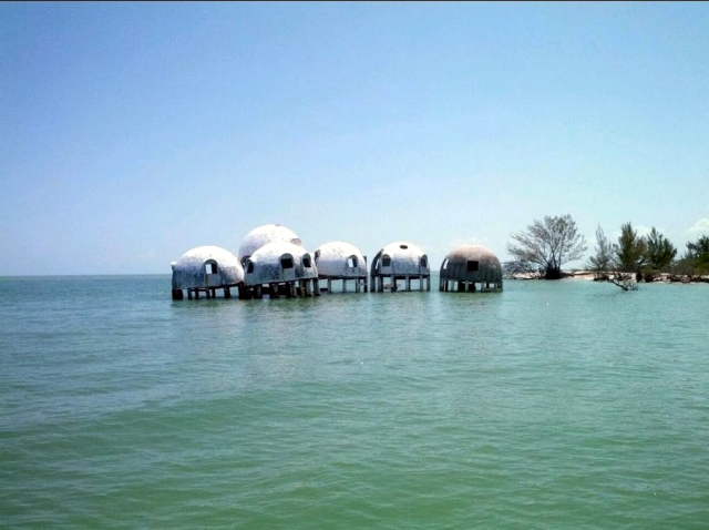 floridatraveler CAPE ROMANO domehouses