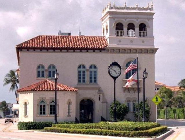 FLORIDATRAVELER palm beach  City hall