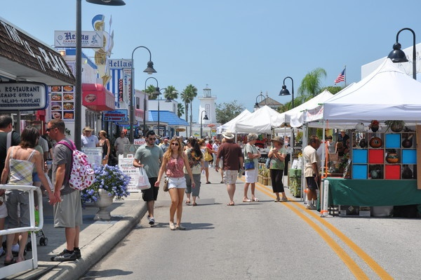 FLORIDATRAVELER sponge-docks-arts-crafts-festival