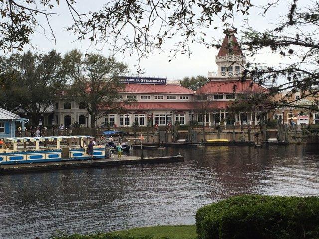 floridatraveler-port-orleans