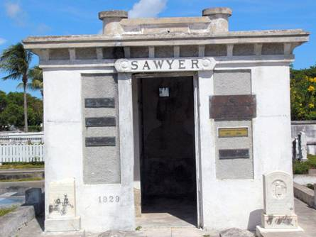 floridatraveler-tomb-toilet
