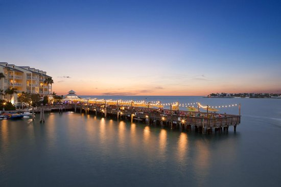 floridatraveler sunset-pier-at-ocean