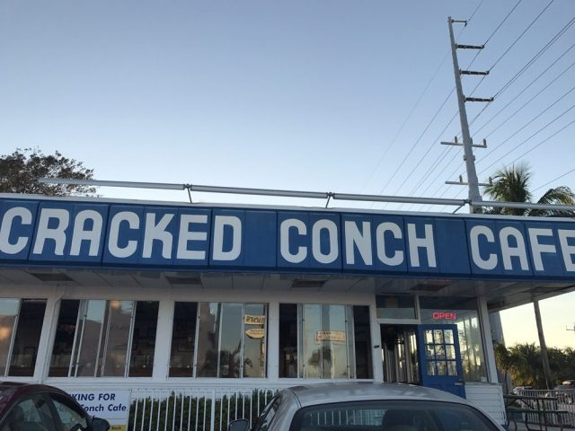 floridatravler cracked conch cafe