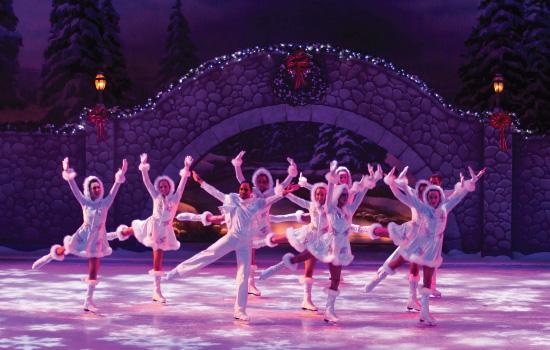 FLORIDATRAVELER Busch-Gardens-Christmas-Town-Ice-Skaters