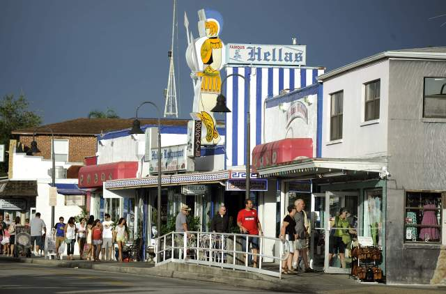 floridatraveler sponge docks and restaurant hellas