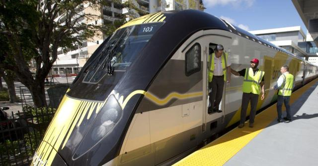 FLORIDATRAVELER RR brightline-train