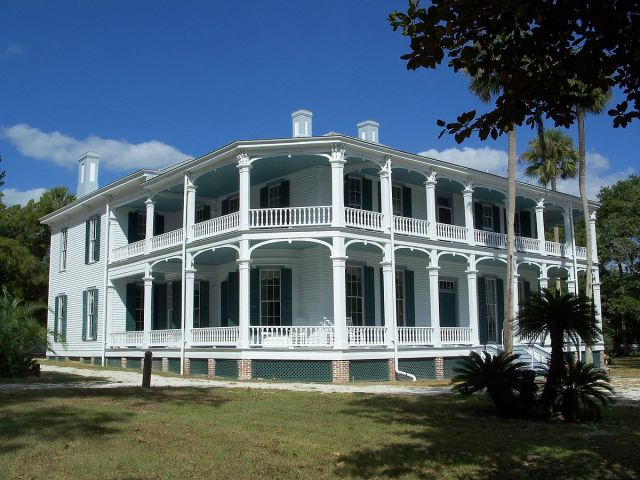 FLORIDA TRAVELER DeBary_Hall1