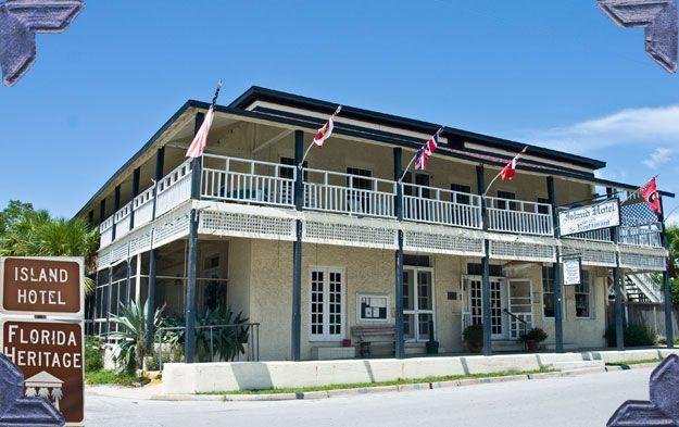 Floridatraveler cedar key island hotel
