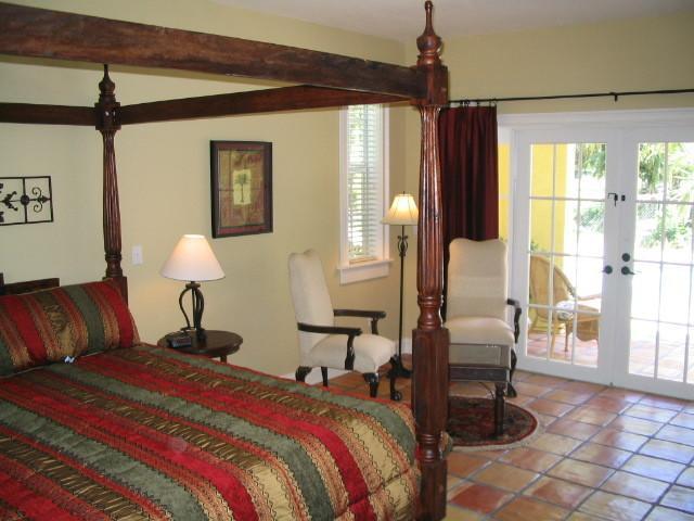 FLORIDATRAVELER casa grandview west palm beach bedroom