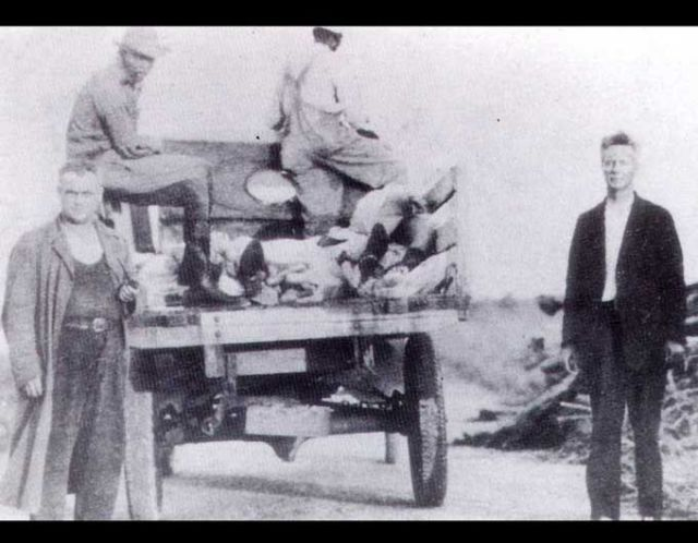 FLORIDATRAVELER finding bodies 1928 hurricane