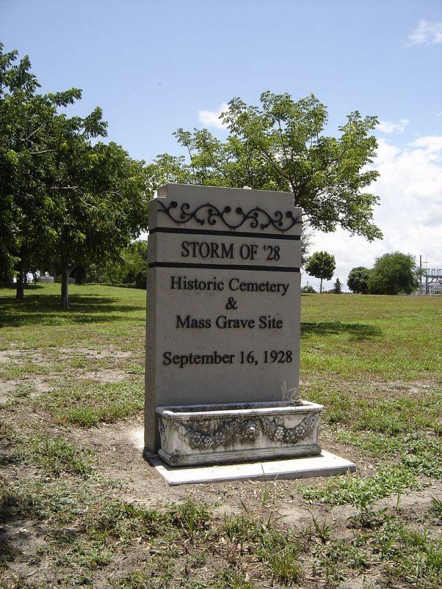 FLORIDATRAVELER Mass_Grave_1928