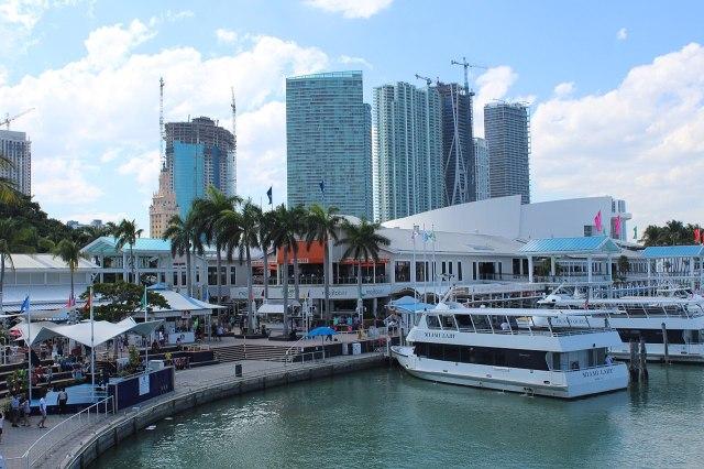 FLORIDATRAVELER Bayside_Marketplace_Waterside