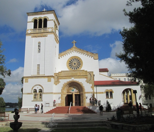 pasco st leo abey church in 2019.JPG